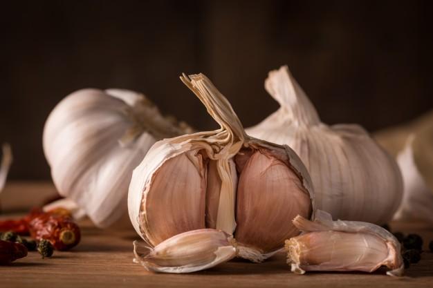 garlics-in-the-kitchen